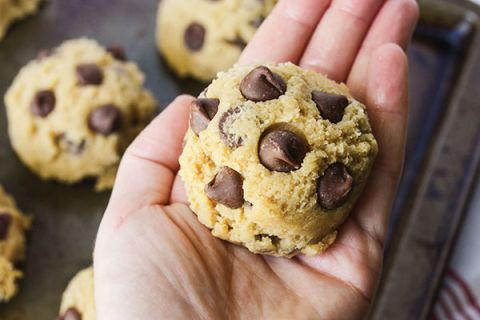 The MASTER Chocolate Chip Cookie Recipe. I've found it! | happymoneysaver.com