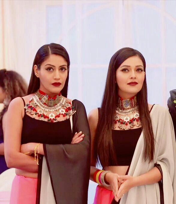 """Surbhi & Mansi looked gorgeous today Hats off to IB team keeping up with run away trend. SC was right - """"I feel bad for other serials that choose to go with pheeke, seen-a-million-times dresses"""" #Ishqbaaaz"""