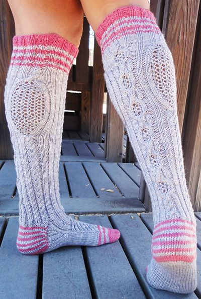 .These are adorable. Would love to knit a couple of pair for my teenage nieces. Maybe even a pair for me;)