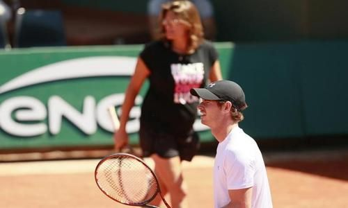 Murray-Mauresmo, l'esprit de la terre - Roland-Garros - Tennis   http://sport24.lefigaro.fr/tennis/roland-garros/actualites/murray-mauresmo-l-esprit-de-la-terre-753675#xtor=AL-5  -