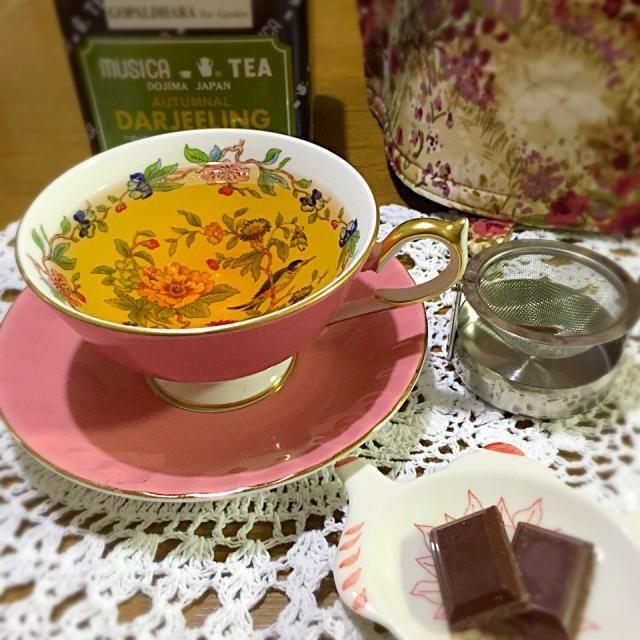 紅茶:ダージリン・オータムナル(ゴパルダラ茶園) ティーフード:パンプストリート・海塩パン粉チョコレート C/S:エインズレイ・ペンブロック - 9件のもぐもぐ - Teatime by Tealover