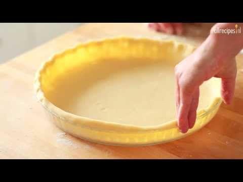 ▶ Taartbodem voor zoete taarten      250 gr bloem     snufje zout     80 gr suiker     100 gr boter, in blokjes, op kamertemperatuur     1 eierdooier     50 ml water  http://allrecipes.nl/recept/13401/taartbodem-voor-zoete-taarten.aspx