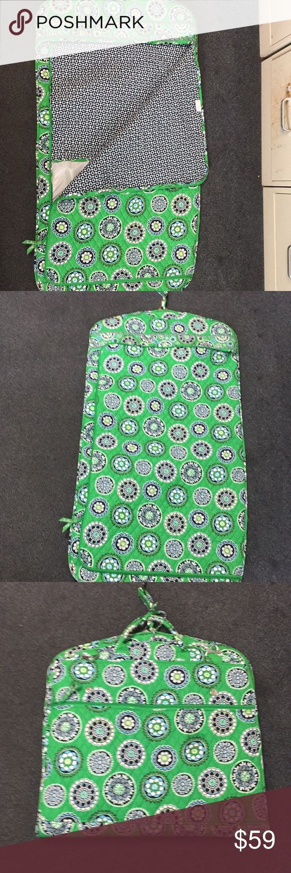 Vera Bradley suit bag Green printed. Multiple compartment excellent condition lightweight Vera Bradley Bags Travel Bags