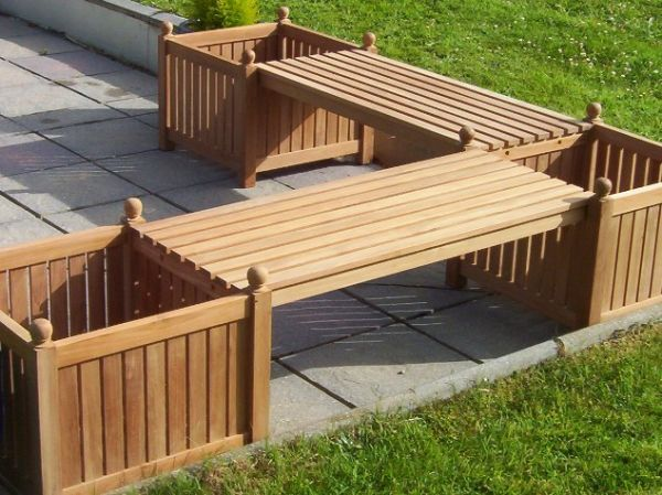 Teak Corner Bench With Planters. Want!