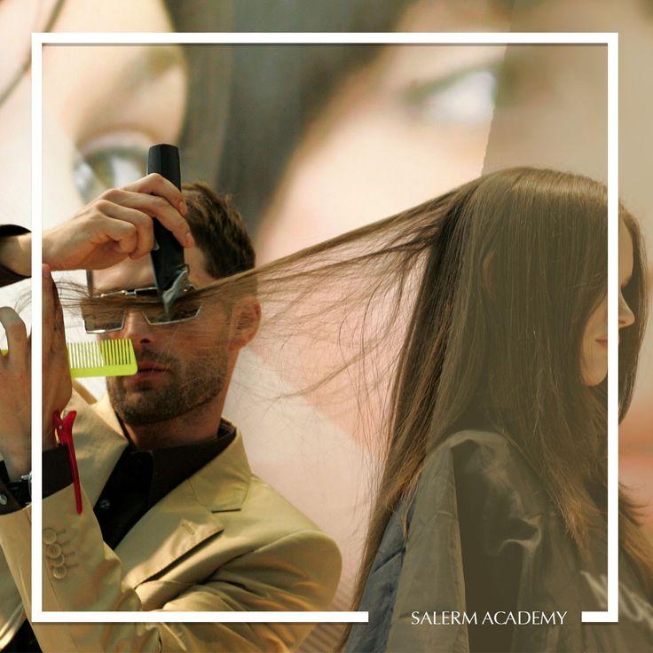 ¡Conviértete en un profesional de la peluquería en Academia Salerm y consigue tu certificado de profesionalidad! 🎓  #Formacion #SalermAcademy #Hairstyle #SalondeBelleza #Peluqueria #Estilista #Salon #Educacion #Maquillaje