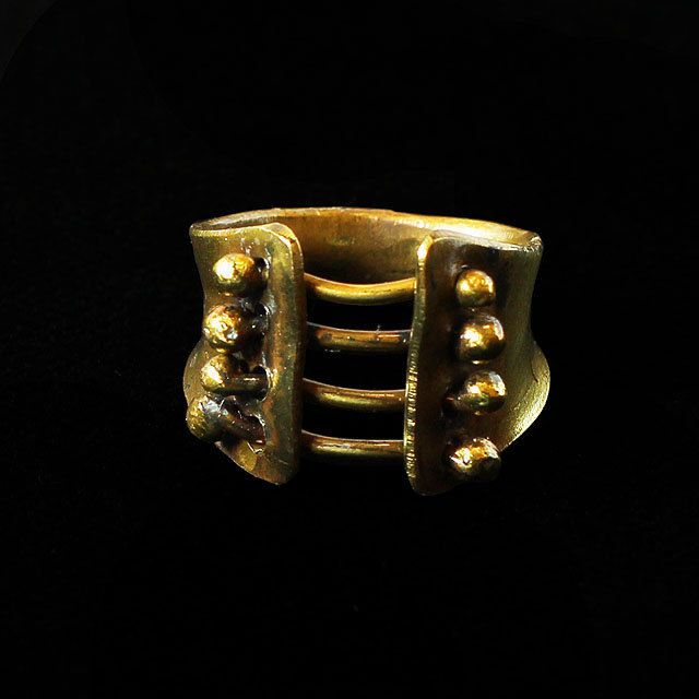 Special handcrafted brass ring, size 53 by intuitashop on Etsy