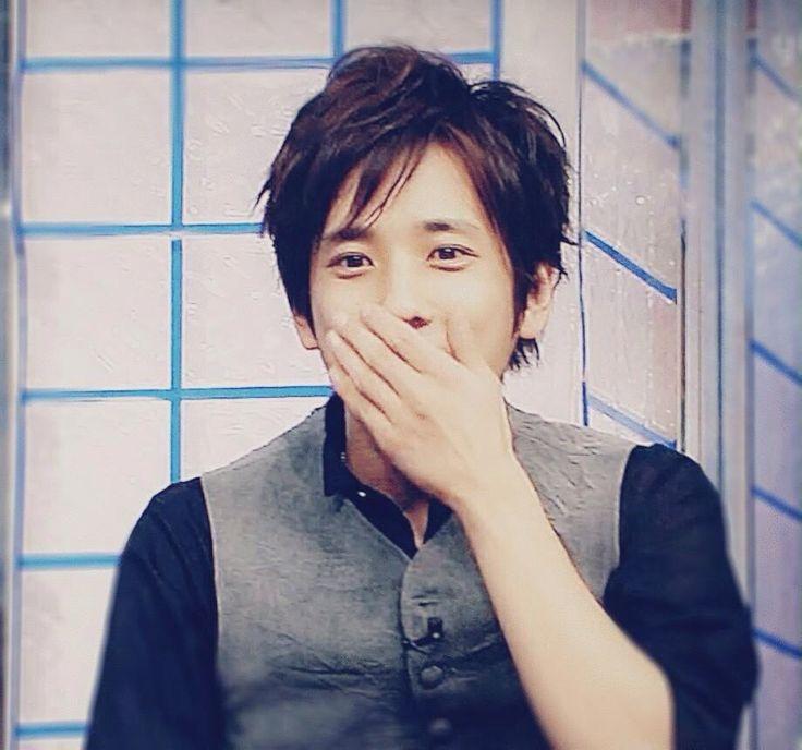 二宮和也......my goodness, can he get any cuter////////