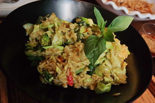 🍚 ¡Esta receta de brócoli salteado con soja y arroz está deliciosa! 🍚 #brócoli #brócolisalteado #brócoliconsojayarroz #recetasconbrócoli #platosdebrócoli #recetasvegetarianas