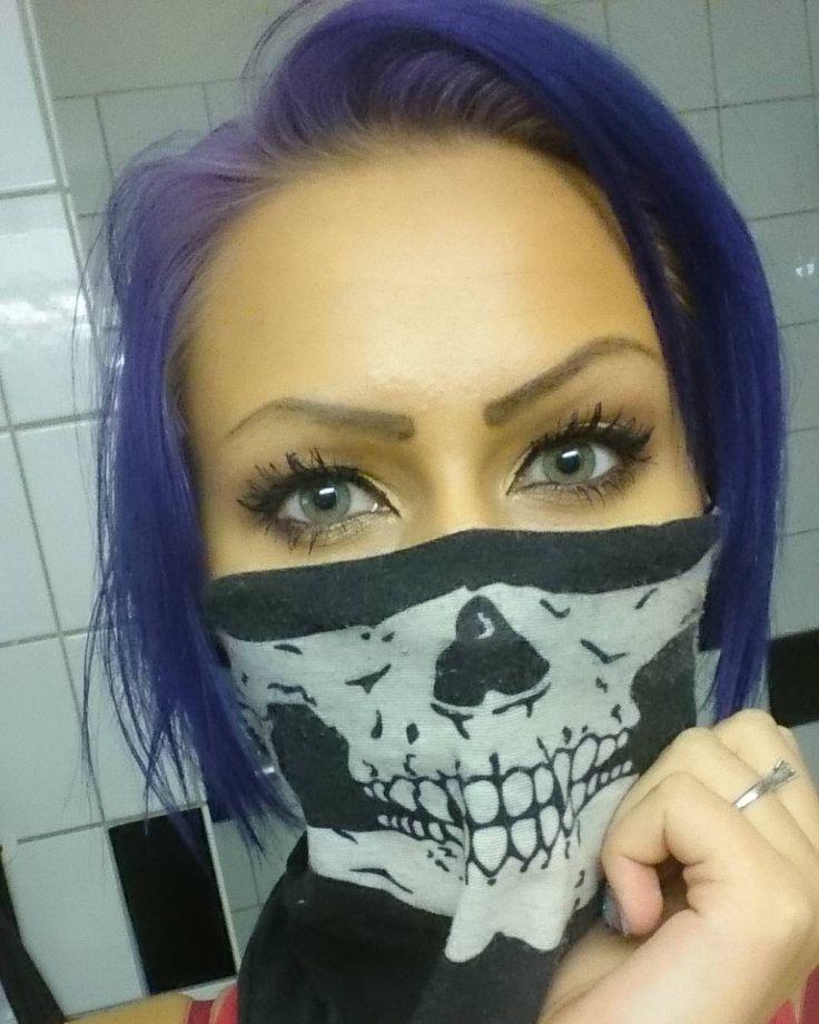 Interesting one by missbillbitch #angerfist #gabbermadness (o) http://ift.tt/2fu5SiD knock. #hardcoremusic #Örebro #eyes #skull #purple