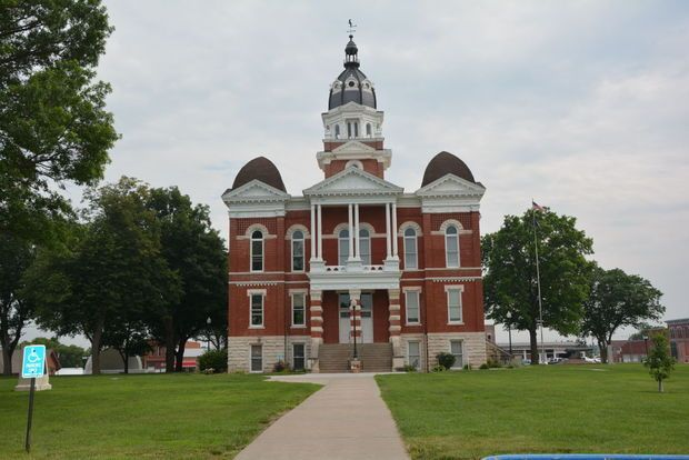 12 Best End Of The Line Montana Images On Pinterest Montana Small Towns And Arquitetura