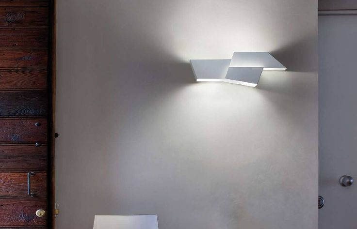 #walllight #walldecor #modernlamps #decoinspiration #morosini #italy