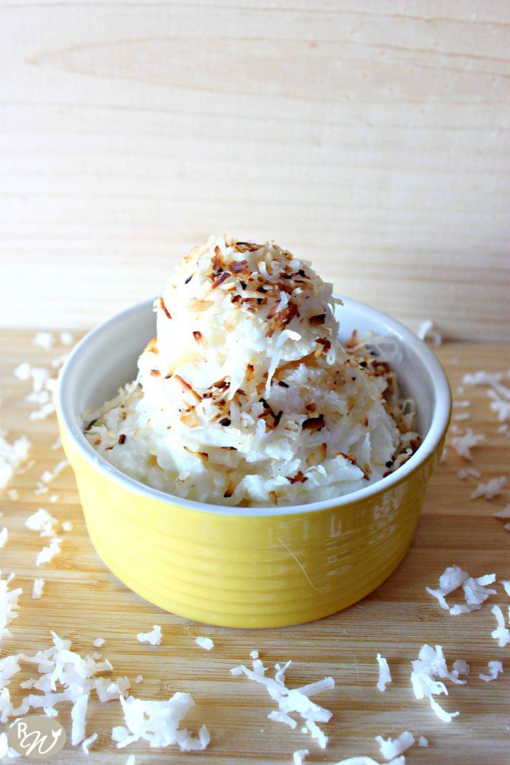 pineapple and coconut frozen yogurt without an ice cream maker