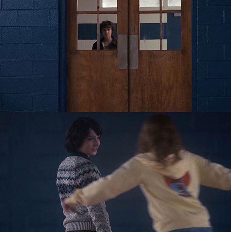 Honestly this scene made me so mad!!! Just go in there and reunite instead of waiting till the end of the freakin season!!! Piss off Max!! I love max though but El is clearly very jealous