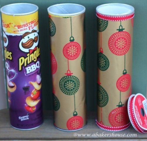 Cookies are an amazing holiday gift but how to wrap or pack them so that they would look festive? Here's a wonderful idea for you! You'll need a Pringles can, some wrapping paper, wax paper, parchment or freezer paper, a ribbon, glue or spray adhesive, muffin cups/liners. Cut the wrapping paper so that it wraps...