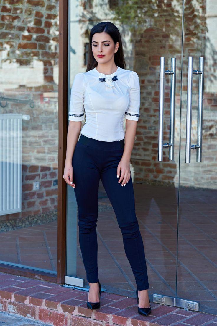 PrettyGirl Autumn Concept DarkBlue Trousers, form-fitting, elastic waist…