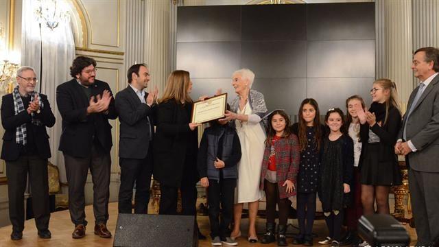 Graciela Fernández Meijide fue distinguida como ciudadana ilustre en la Legislatura porteña  Polledo, entregó el diploma de Ciudadana Ilustre de la Ciudad de Buenos Aires..