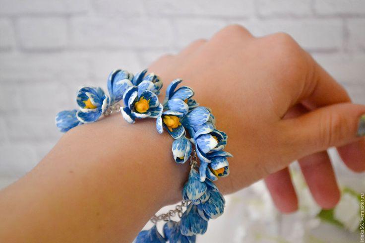Купить Крокусы. - бирюзовый, голубой, крокус, крокусы, подснежники, весна, цветы из полимерной глины, белый