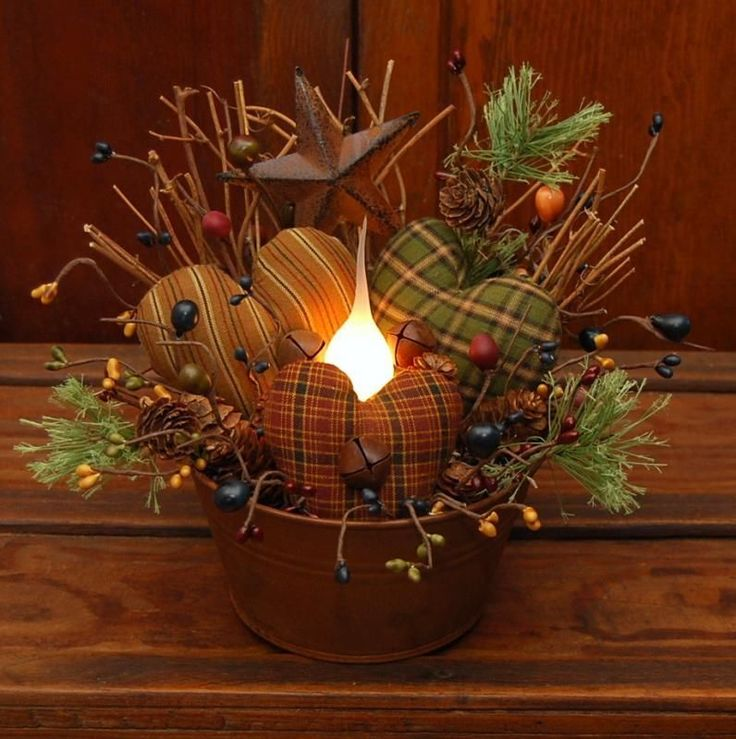 HANDMADE PRIMITIVE LIGHTED RUSTY TUB VALENTINE HEARTS STAR CANDLE LAMP FOLK ART #NaivePrimitive