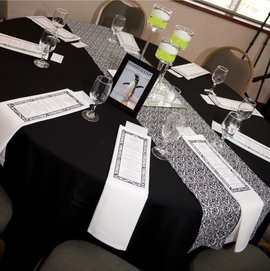 Black and White Damask Table Runners & 95 best Damask Table Runners images on Pinterest | Black and white ...