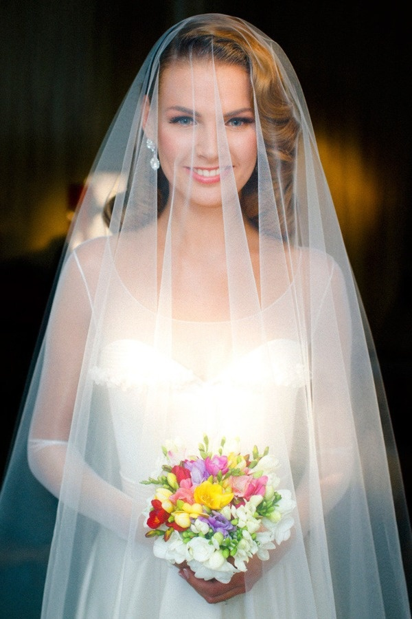 véu de noiva perfeito e delicado