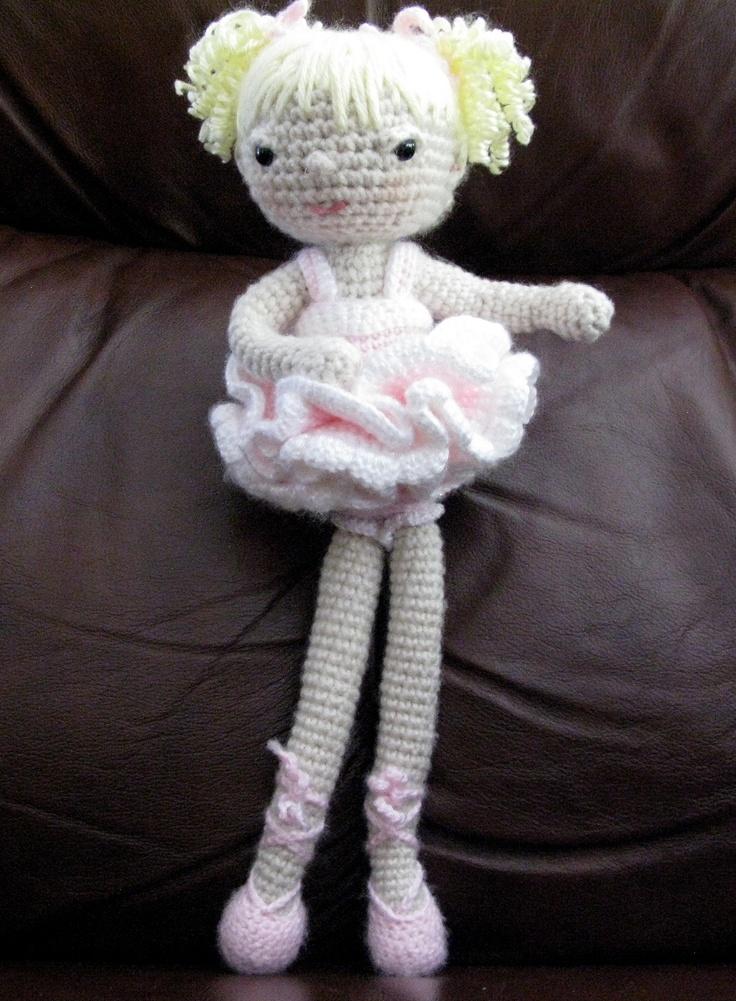 A perfect pose in her pink tutu.