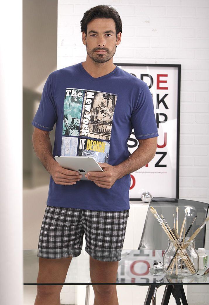Pijama #Massana Hombre. Pantalón corto a cuadros y camiseta manga corta con dibujo #NewYork #MassanaHomewear