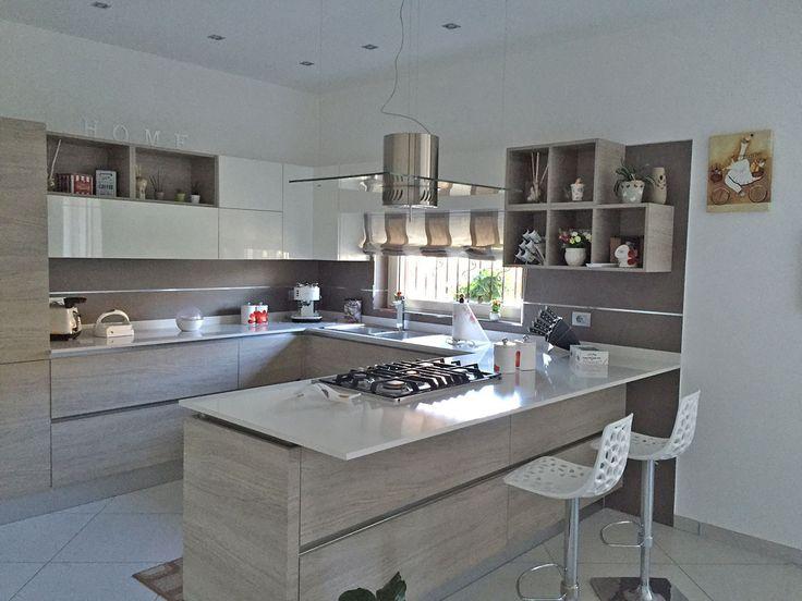 Le 25 migliori idee su cucine bianche moderne su pinterest - Foto cucine bianche ...
