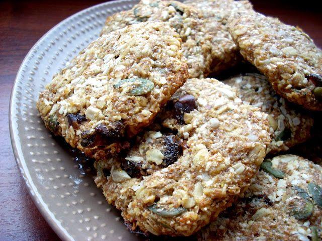 Tani weganizm*: Zdrowe ciastka owsiane z bakaliami
