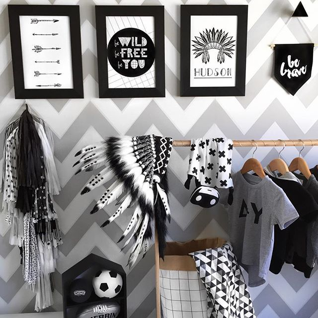 Love the tribal themed prints on the wall