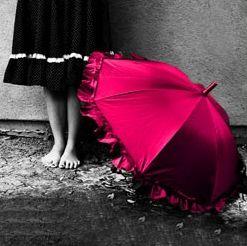 color splash #EasyPin #umbrella #rain (Color Splash Studio for iPhone can do that, too ;))