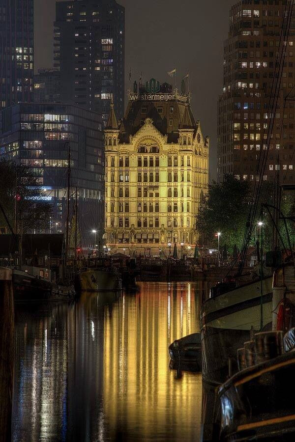Willem Molenbroek, Het Witte Huis, Rotterdam.One of a few buildings that survived the devastating German bombardement in 1940.