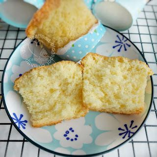Miki's Food Archives : Traditional Baked Egg Cake 老式鸡蛋糕(烘烤)