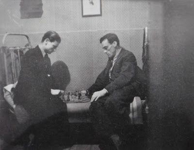 Andrei Tarkovsky playing chess with his father - the poet Arseny Tarkovsky(1947)