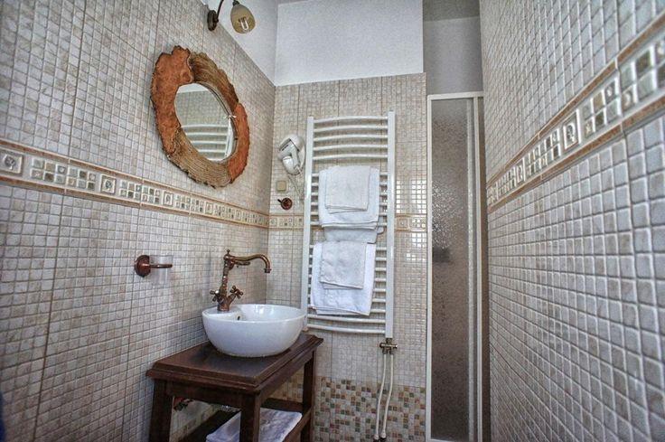 €46,17 Το Country Hotel Triantafillies διαθέτει εξωτερική πισίνα και περιβάλλεται από κήπο με αμπέλια και τριανταφυλλιές. Βρίσκεται στην Πορταριά Πηλίου.