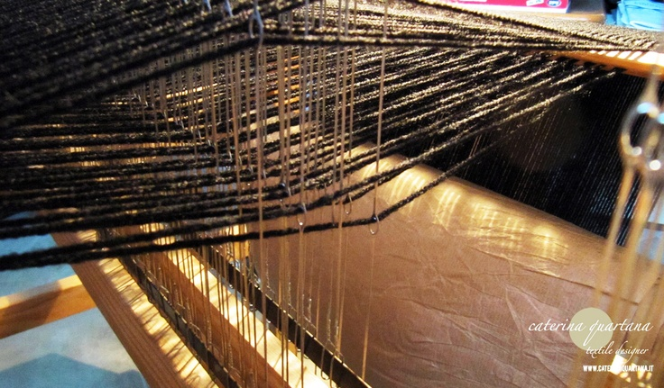 Weaving loom details...  www.caterinaquartana.it