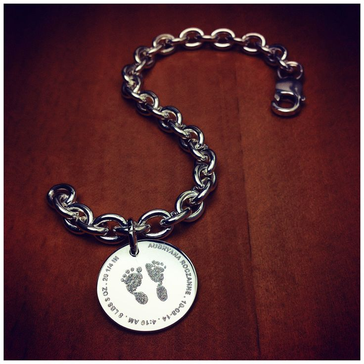 7/8 inch, Sterling Silver Baby Footprint Disc Charm - Sandy Steven Engravers
