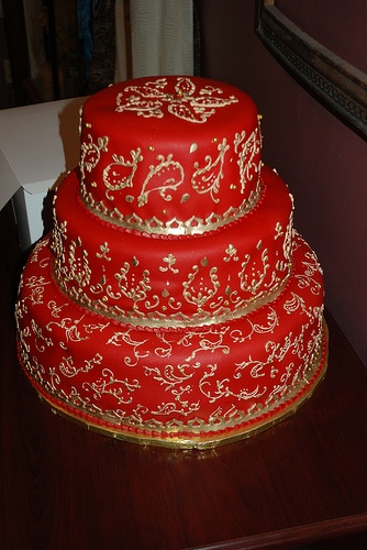 Henna Cake by cakeguru, via Flickr