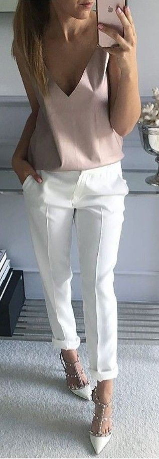 #summer #whatstrending #outfits Blush Top + White Pants