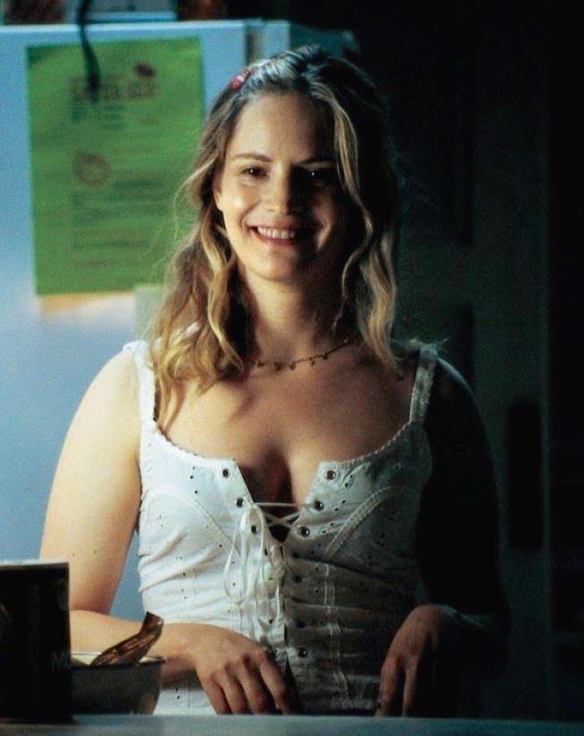 Jennifer Jason Leigh as Daisy Domergue / The Prisoner in ...