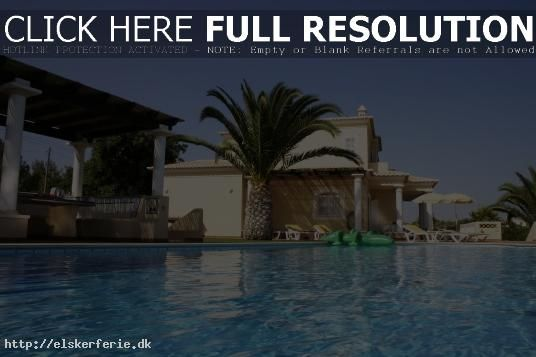 http://www.lemonadeholidays.co.uk/cheap-spain-holidays-cheap-holidays-to-spain.html holidays to spain