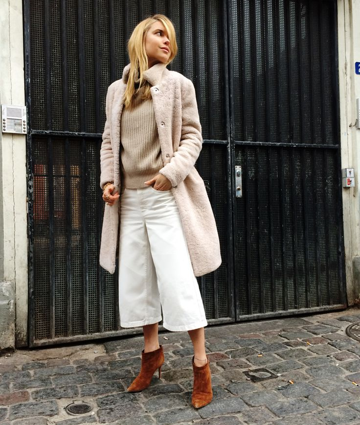 The winter is catching up on me, so it is finally time to bring out this warm furry coat – I...