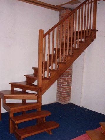 Oltre 25 fantastiche idee su scale esterne su pinterest ringhiere per terrazze scale da - Prezzi scale a giorno ...