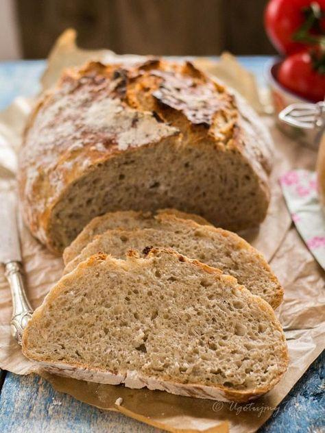 chleb z płatkami owsianymi i słonecznikiem. Jest to jeden z najsmaczniejszych chlebów jakie do tej pory robiłam, ma chrupiącą skórkę i wilgotne, sprężyste