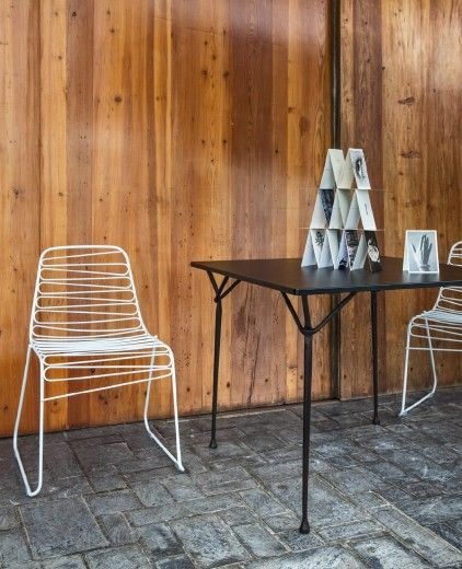 Stacking chair.  Material: frame in steel rod, cataphoretically-treated and painted in polyester powder. Suitable for outdoor use.