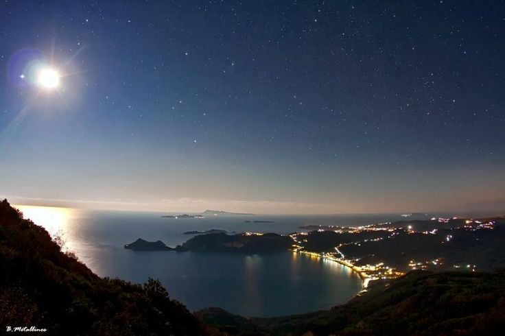Truly beautiful photos by Bill Metallinos, a very talented amateur astrophotographer!