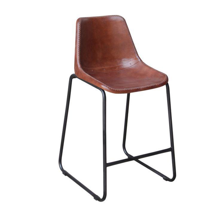Vintage Lab 15 De leren zitting is niet geheel afgewerkt, waardoor de stoelen een mooie vintage look krijgen! Een stoer ontwerp, dat je goed kunt combineren met een houten tafel.