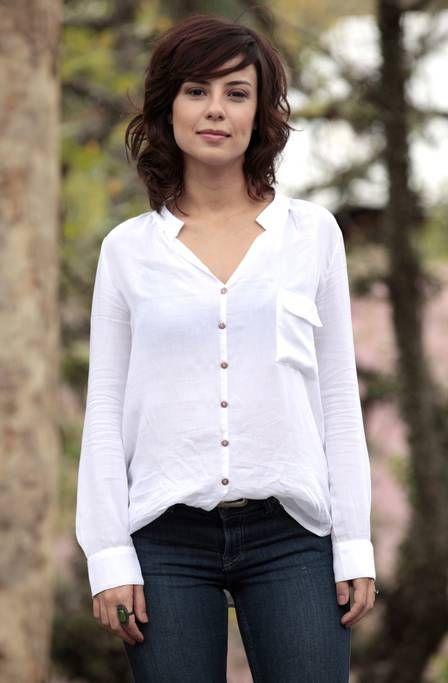 Andreia Horta, de 'Império', faz 31 anos hoje e dá dica de boa forma: 'Pilates'…