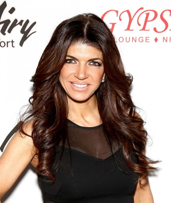'Real Housewives Of New Jersey' Season 7 Gossip: Cast Feuding With Teresa Giudice? [SPOILERS] #news #fashion