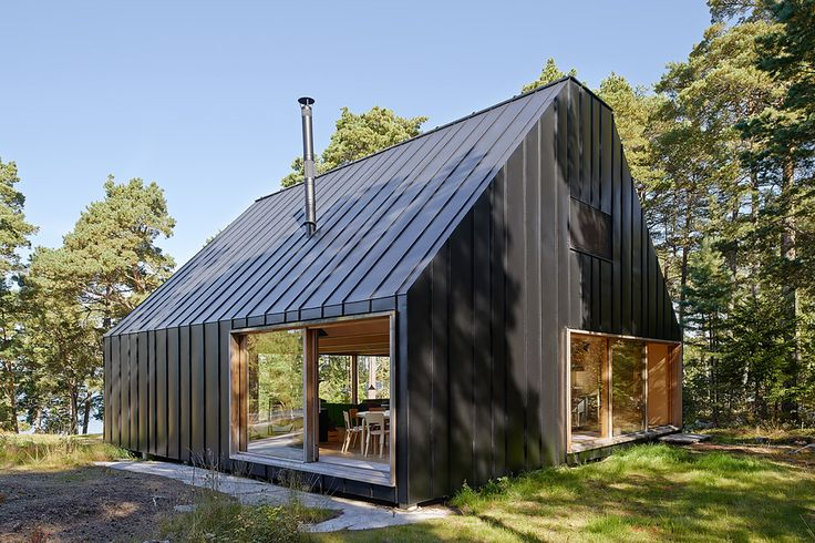 Image 3 of 23 from gallery of House Husarö  / Tham & Videgård Arkitekter. Photograph by  Ake E:son Lindman