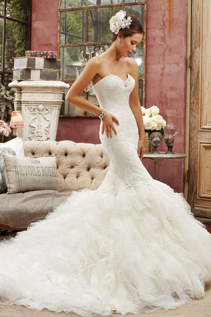 Lisa robertson in wedding dress - The Best Wedding Dress Designers Part 10